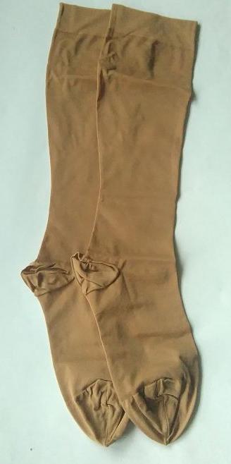Компресивни чорапи за разширени вени с цип